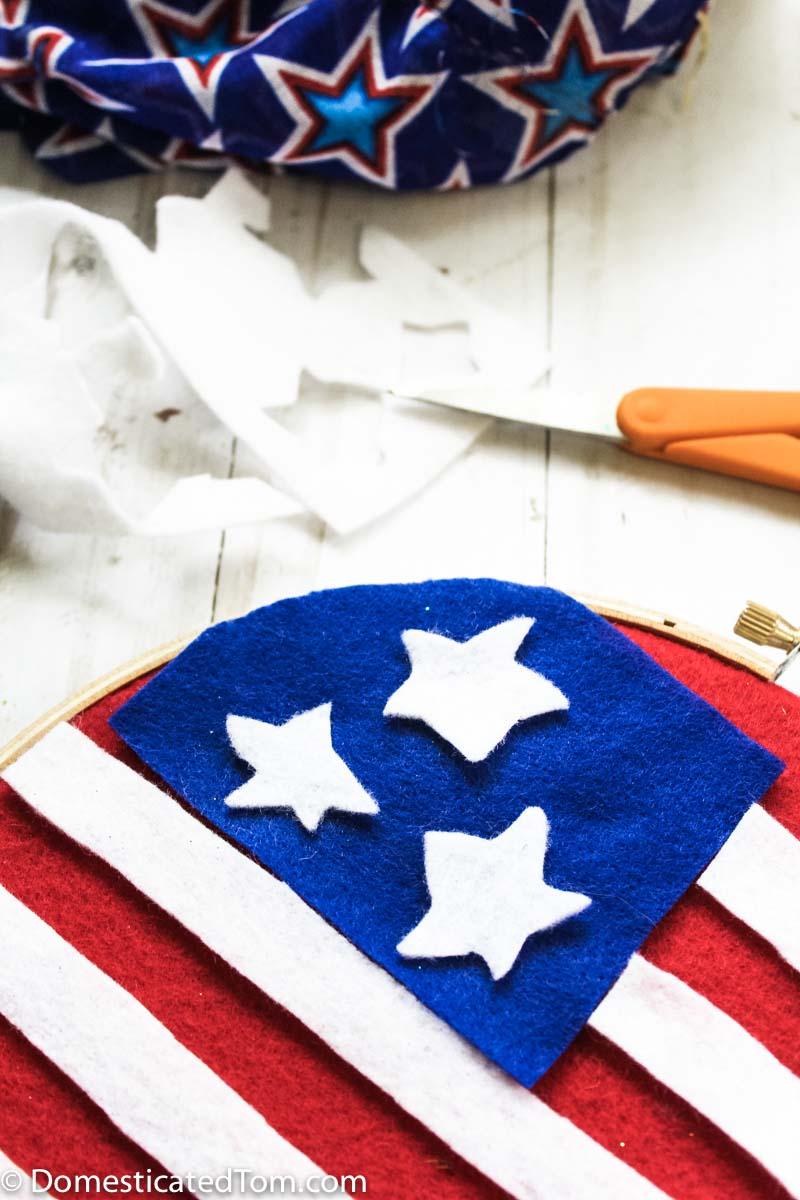 Patriotic Felt Wall Hanging Craft